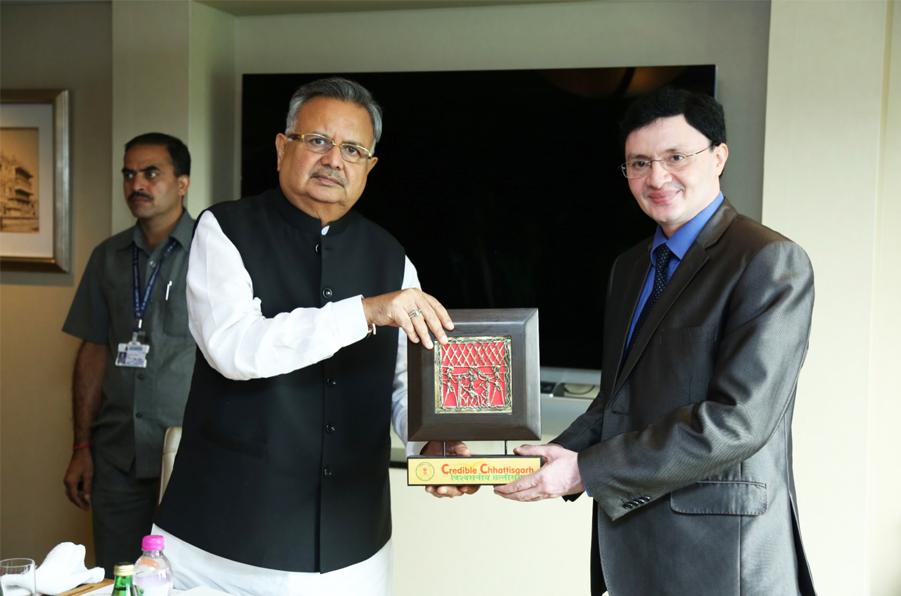 Facilitation by Dr. Raman Singh, CM Chhattisgarh